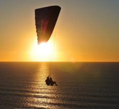 Are you an adrenaline junkie? Then paragliding from one of Cape Town's most popular spots is the perfect activity for you!